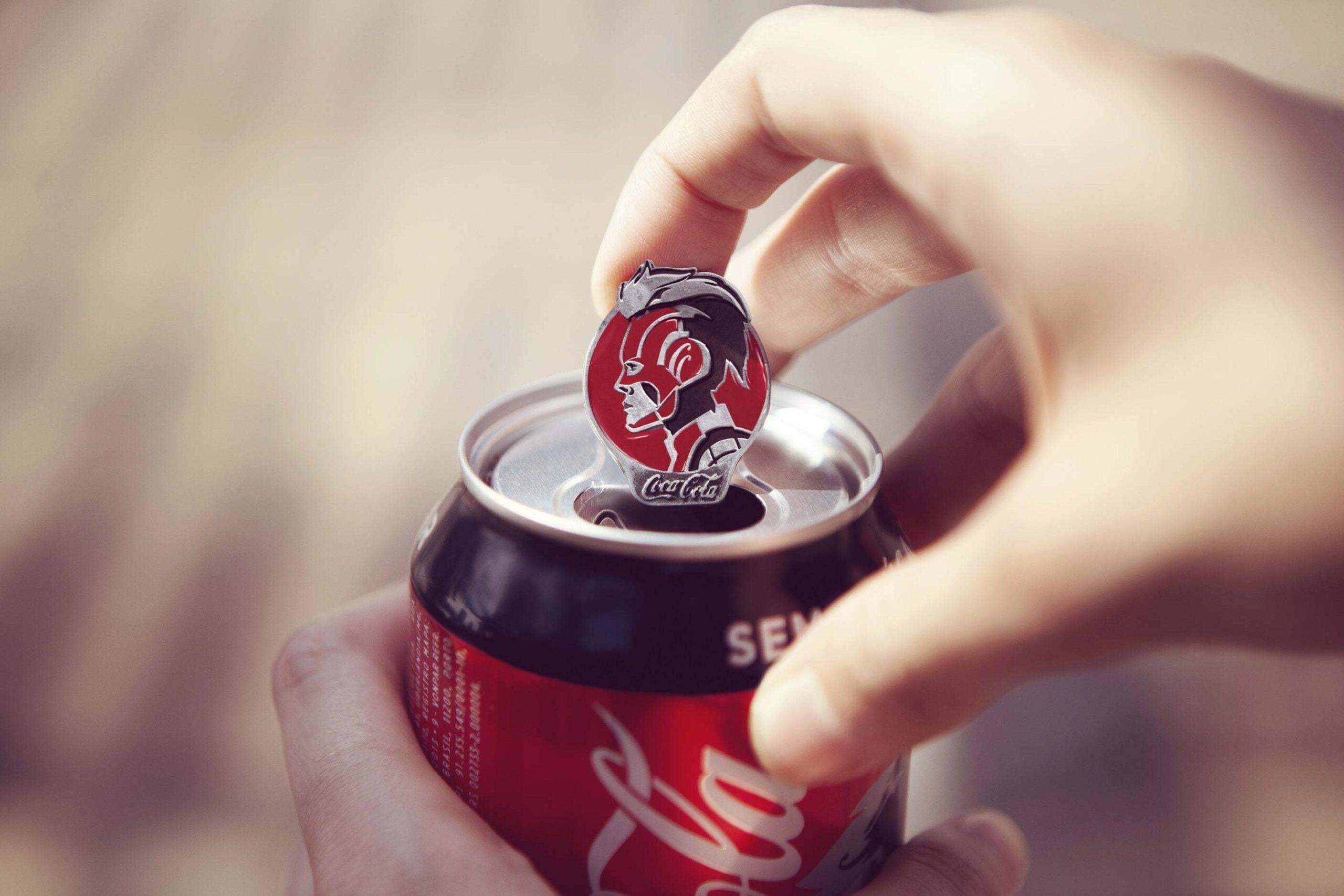 Coca-Cola Açma Halkaları Avengers Kahramanlarına Dönüştü