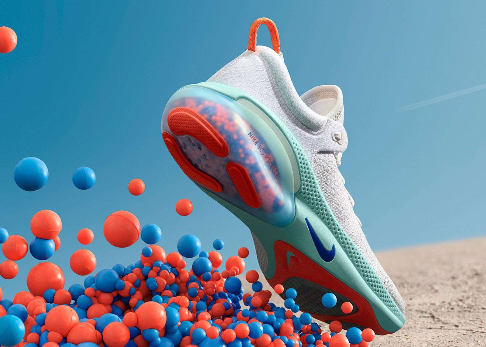 Nike Joyride Boncuk Parçacıklarla Koşuda Sert Zeminden Kurtarıyor