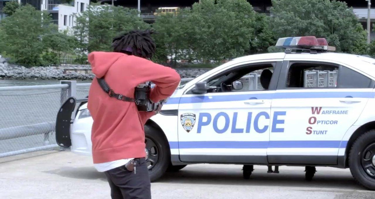 Video Oyunu Silahıyla Polis Aracı Patlatma Şakası