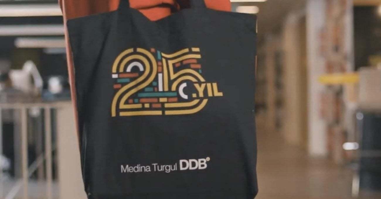 Medina Turgul DDB'nin 25. Yıl Logosu