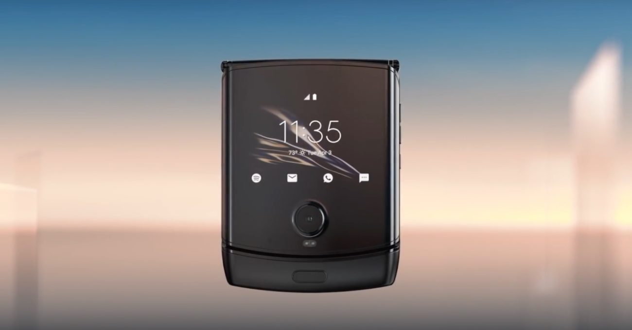 Motorola'nın İkonik Modeli razr Katlanır Akıllı Telefon Olarak Geri Dönüyor