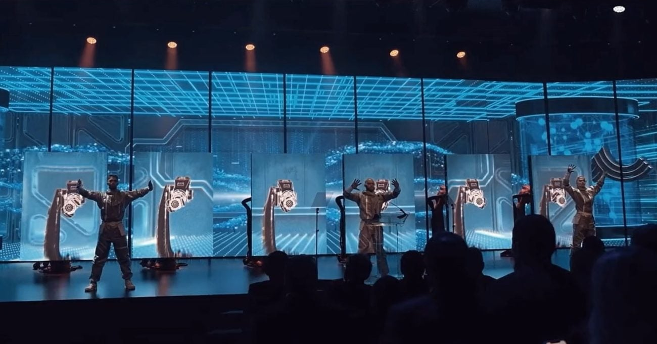 Robotik Kolların İnsanlarla Senkronize Koreografisi