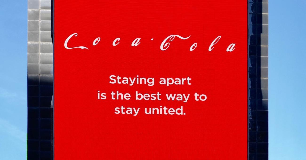 Coca-Cola'dan Mesaj: Ayrı Kalmak Birleşmenin En İyi Yoludur