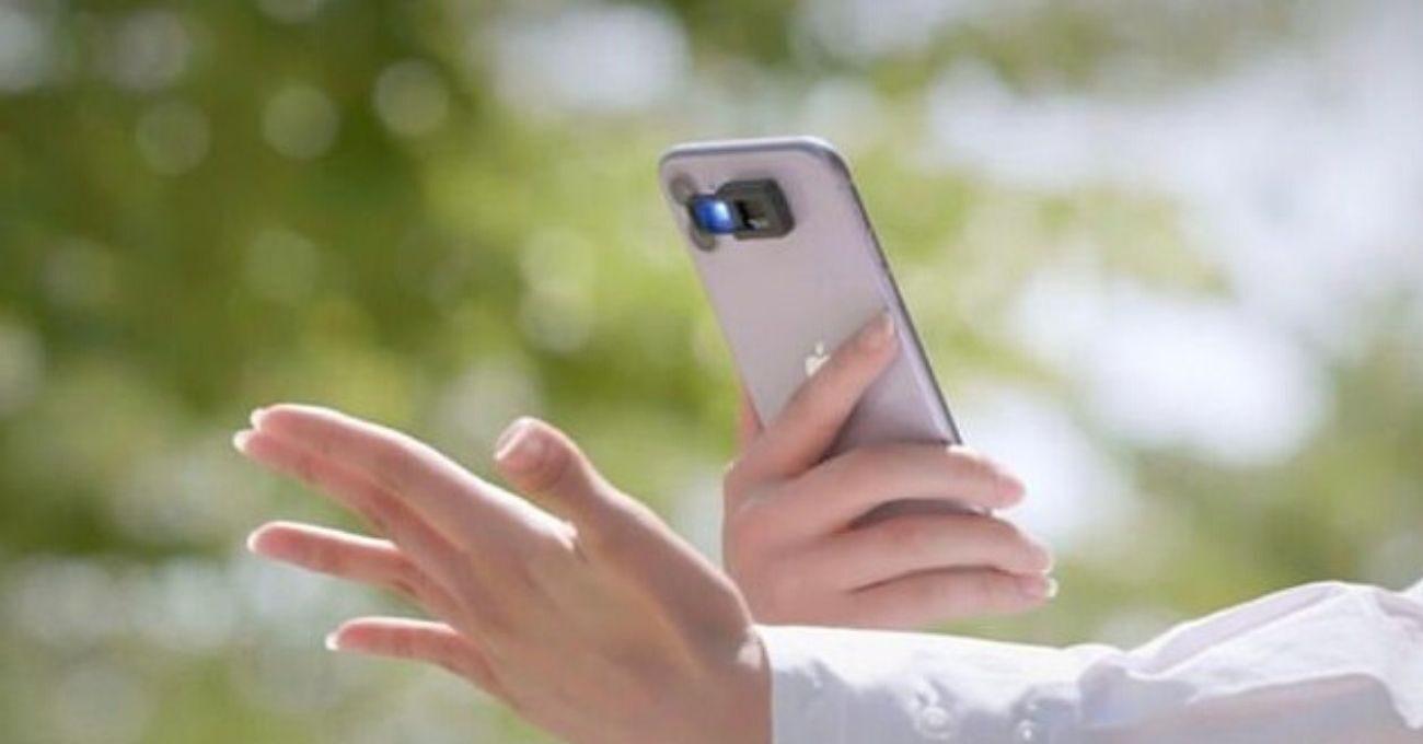 Akıllı Telefonun Flaşıyla Çalışan Dijital Dezenfektan