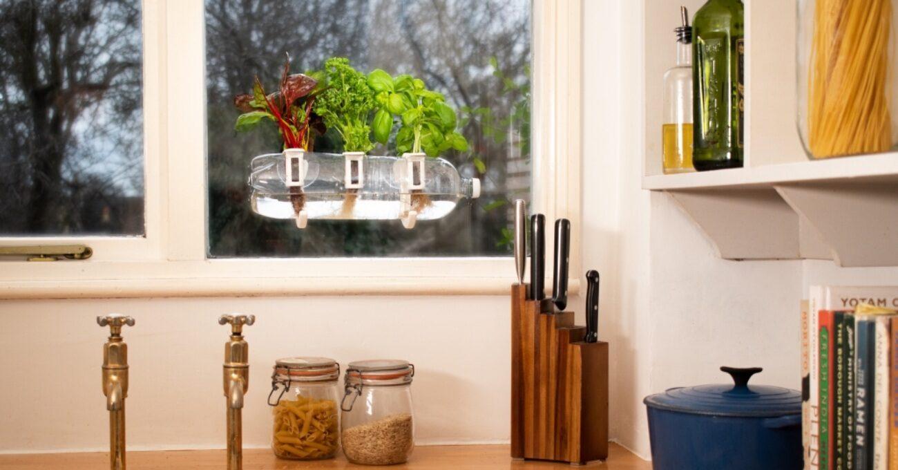 Pencerede Bitki Yetiştirme Sistemi: Bottle Farm