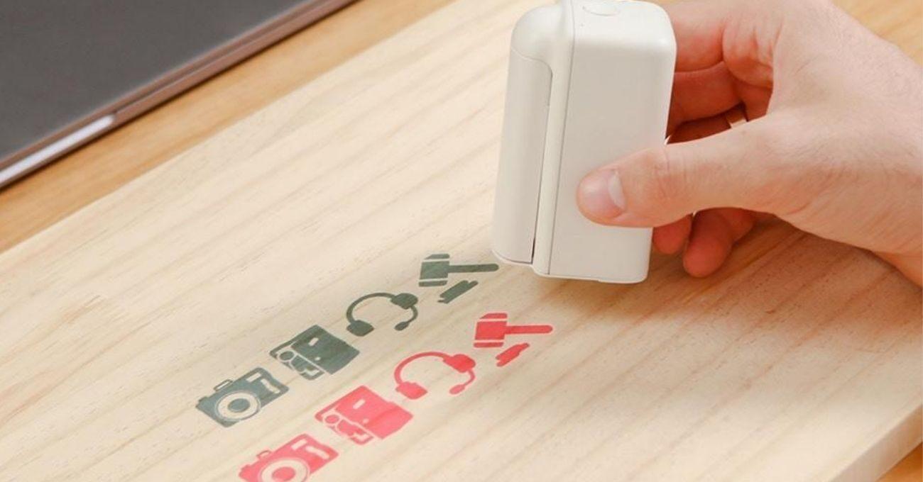 Farklı Yüzeylere Baskı Yapabilen Mini El Yazıcısı