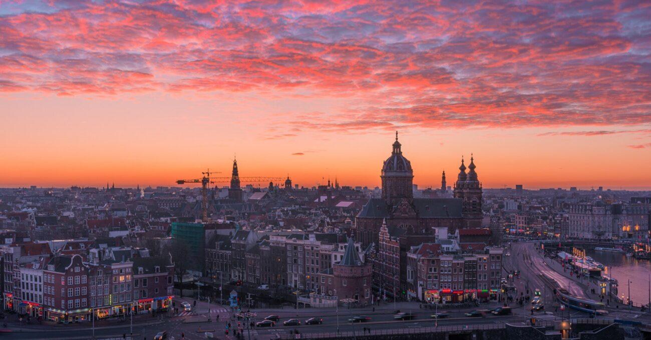 Amsterdam Mevsimlerinden Hızlandırılmış Manzaralar
