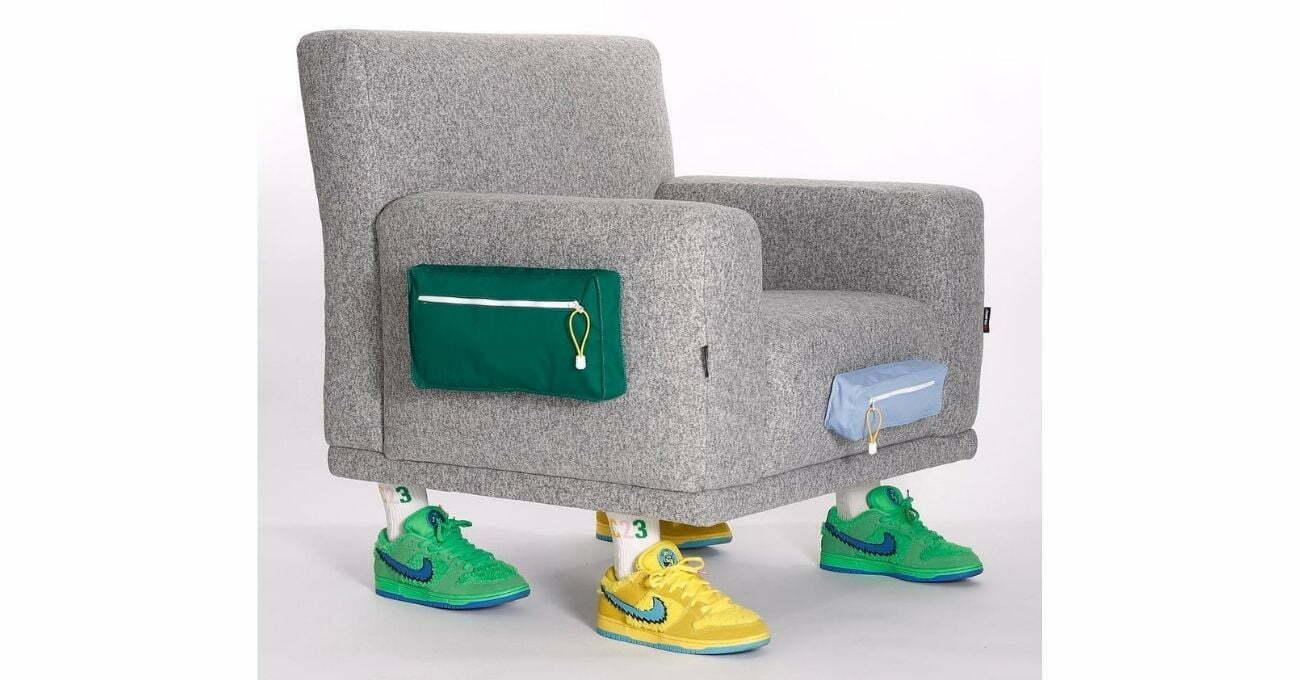 LC23 Armchair
