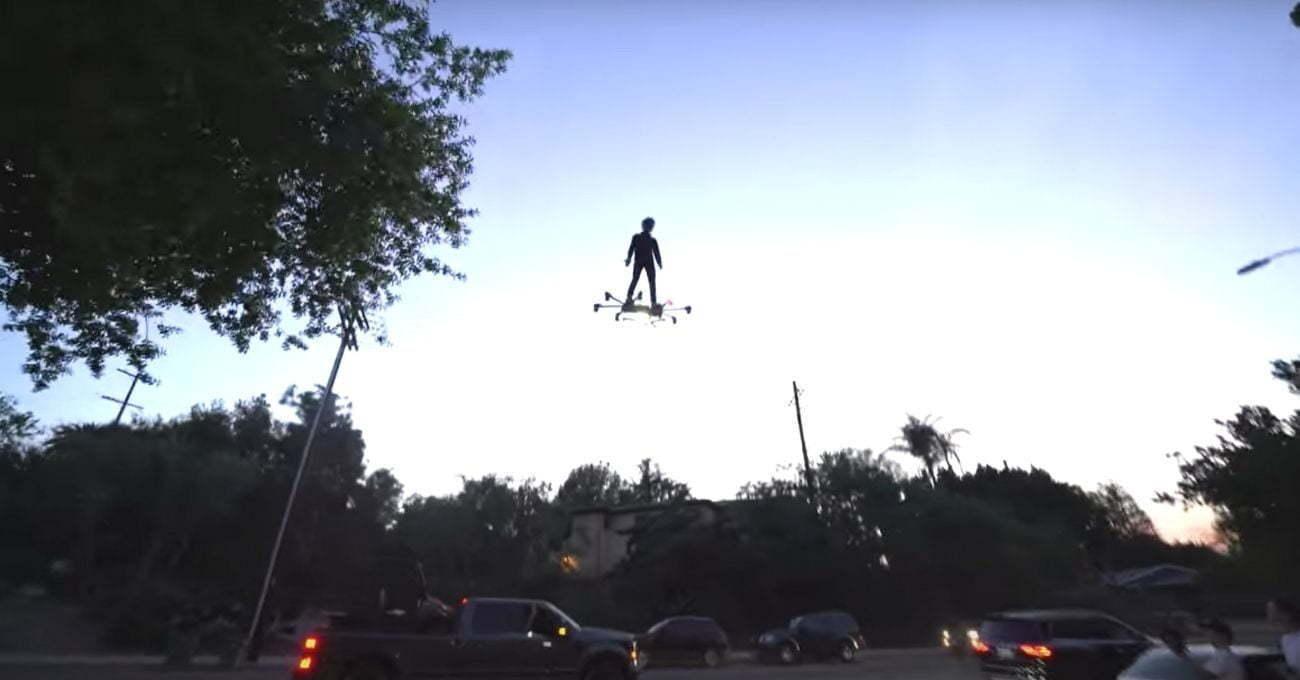 Drone Benzeri Uçan Kaykay