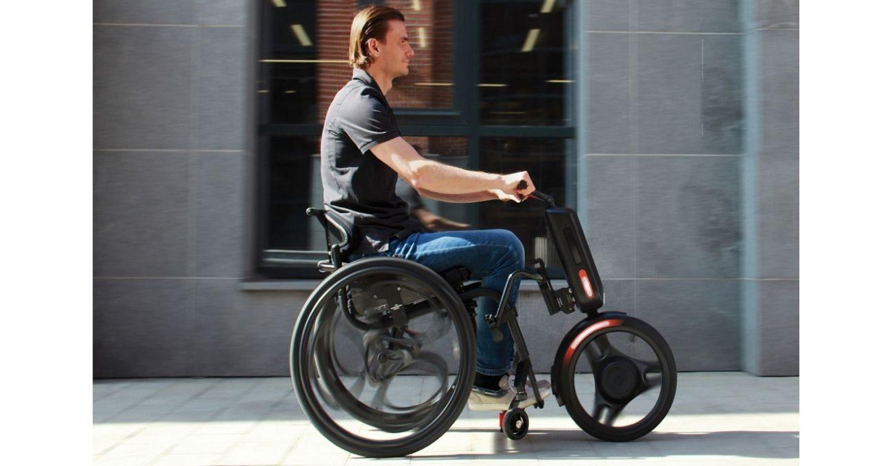 Tekerlekli Sandalyeyi Elektrikli Bisiklete Dönüştüren Ek Teker