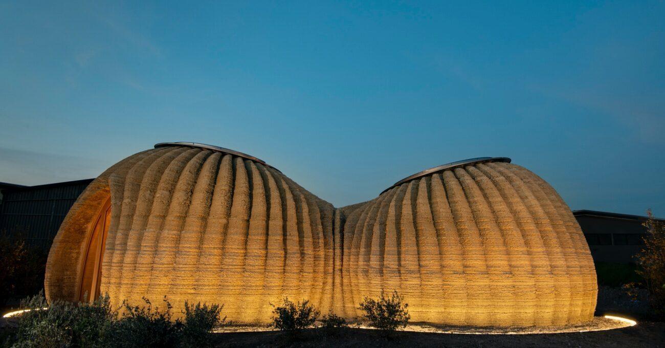 Topraktan Üretilen Geri Dönüştürülebilir 3B Baskı Evler