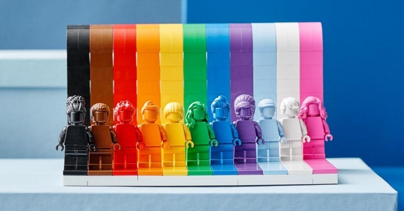 LEGO'dan Gökkuşağı Renklerinde Yeni Set: Everyone is Awesome