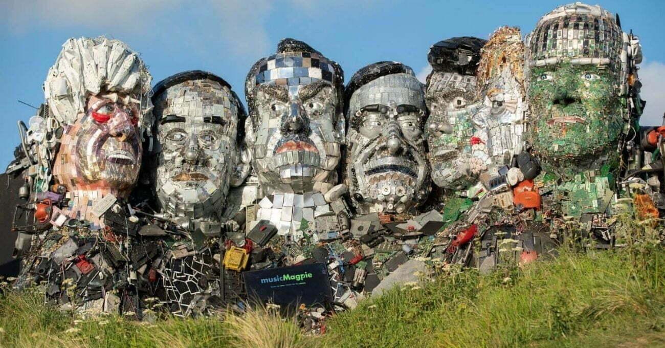 Dünya Liderlerinin Atıklardan Yapılmış Heykeli