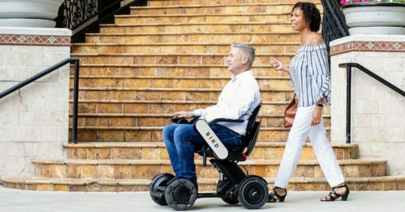 Bird'den Elektrikli Tekerlekli Sandalye Kiralama Hizmeti