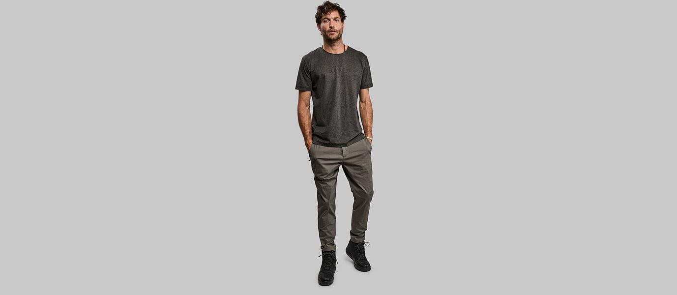black algae t-shirt